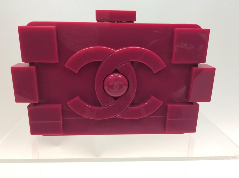 d46f3a3f28f7 Chanel Pink LEGO Brick Clutch/Crossbody For Sale at 1stdibs