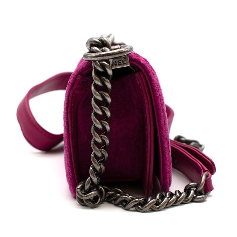 Chanel Small Pink Velvet Quilted 'Boy' Shoulder Bag  - Iconic 'Boy' bag style  - Small size  - Pink 'Bordeaux' quilted velvet  - Dark silver metal CC front flap detailing - Adjustable dark silver metal chain with a leather strap  - Authenticity card