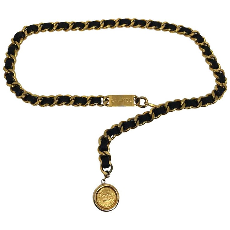 CHANEL Plate Belt Chain Intertwined With Black Leather For Sale