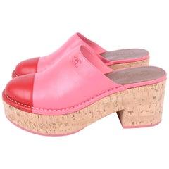 Chanel Platform Clogs - pink/red