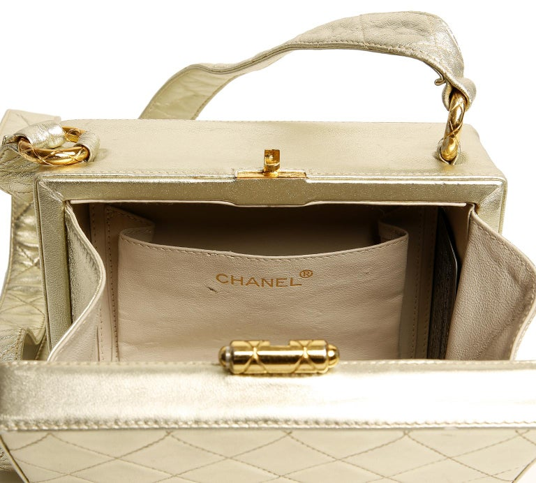 Chanel Platinum Leather Box Bag For Sale 7