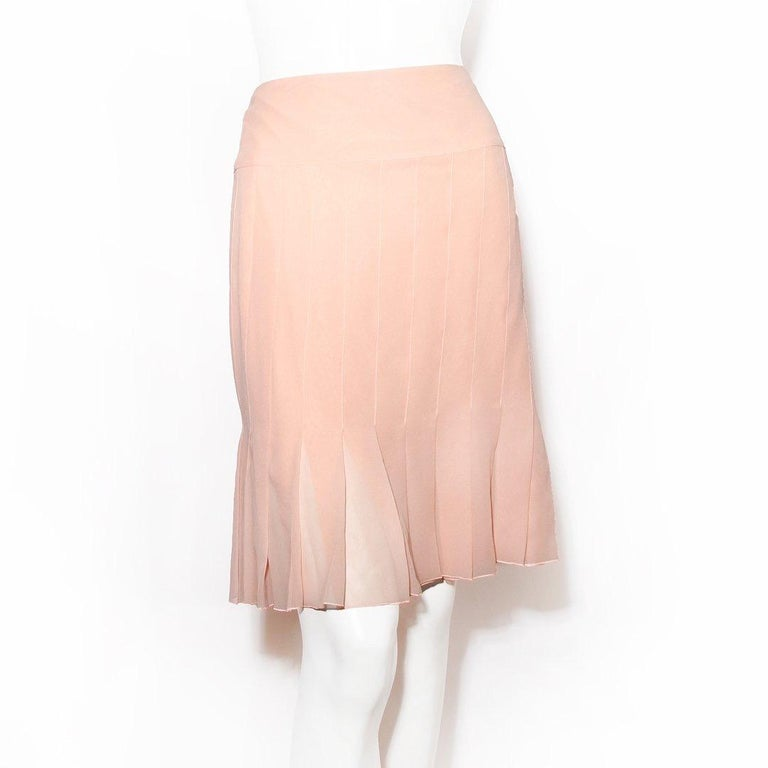 Women's Chanel Pleated Skirt RTW 2003 For Sale