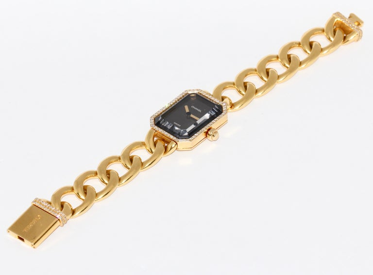 Chanel Première, 18 Karat Gold Solid Ladies Wristwatch with Diamonds For Sale 5