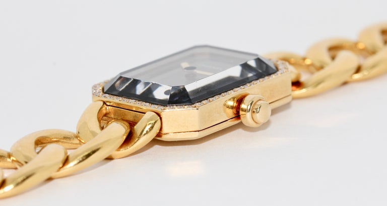 Chanel Première, 18 Karat Gold Solid Ladies Wristwatch with Diamonds For Sale 6