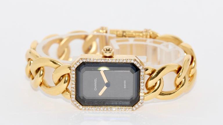 Women's Chanel Première, 18 Karat Gold Solid Ladies Wristwatch with Diamonds For Sale