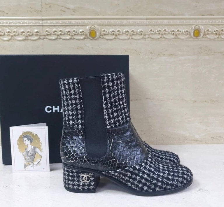 Black Chanel Python-Trimmed Tweed Ankle Boots For Sale