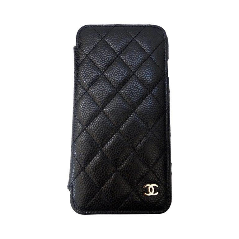 Chanel Quilted Black Caviar 'CC' Iphone 7+/8+ Wallet Case For Sale
