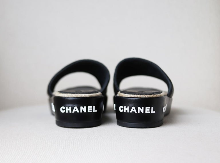 Women's Chanel Quilted Lambskin Espadrille Slides  For Sale