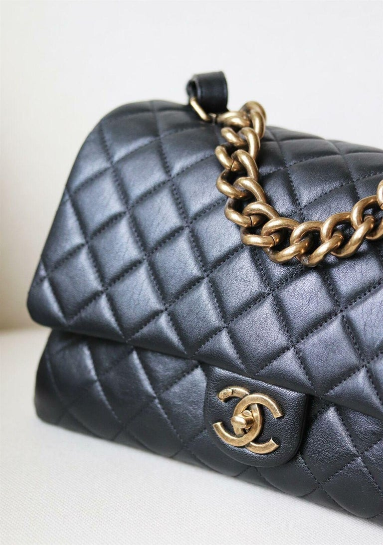 Black Chanel Quilted Leather Large Trapezio Flap Bag For Sale
