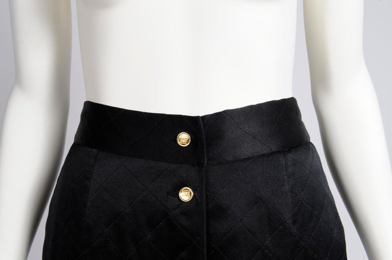 Women's Chanel Quilted Satin Silk Skirt For Sale
