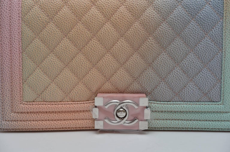 e372e2d6ad2a61 Chanel Rainbow Old Medium Crossbody Pink Caviar Boy Bag, 2018 For Sale 1