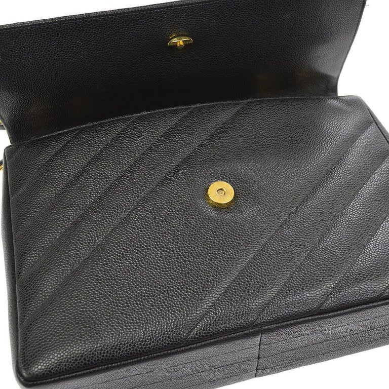 Chanel Rare Black Leather Chevron Jumbo Gold Evening Shoulder Flap Bag In Excellent Condition For Sale In Chicago, IL