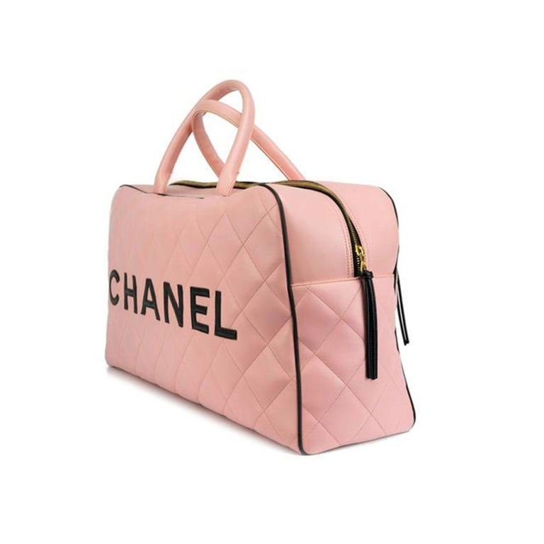 Chanel Rare Pink Vintage 1990 Weekend Duffel Overnight Duffle Tote  In Good Condition For Sale In Miami, FL