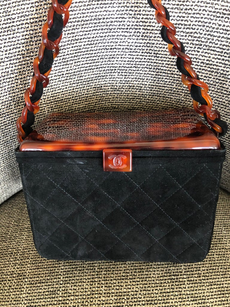 Chanel Rare Quilted Sueded Box Bag with Faux Tortoise Top and Chain In Excellent Condition For Sale In San Francisco, CA