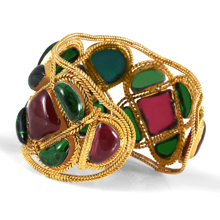 Chanel Red and Green Gripoix Cuff For Sale 3