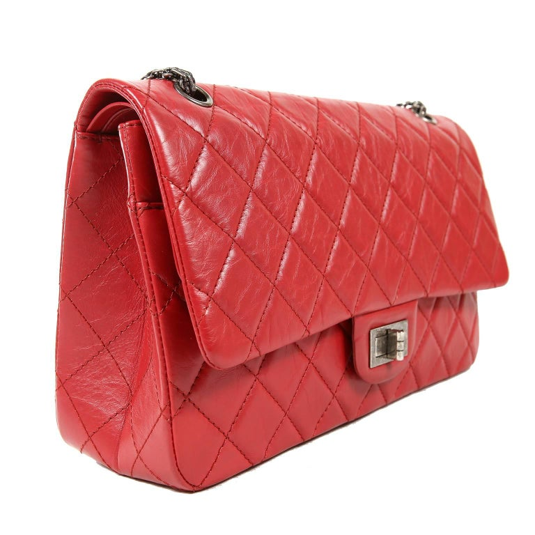 Chanel Red Calfskin 2.55 Reissue Flap Bag- 227 size In Excellent Condition In Palm Beach, FL
