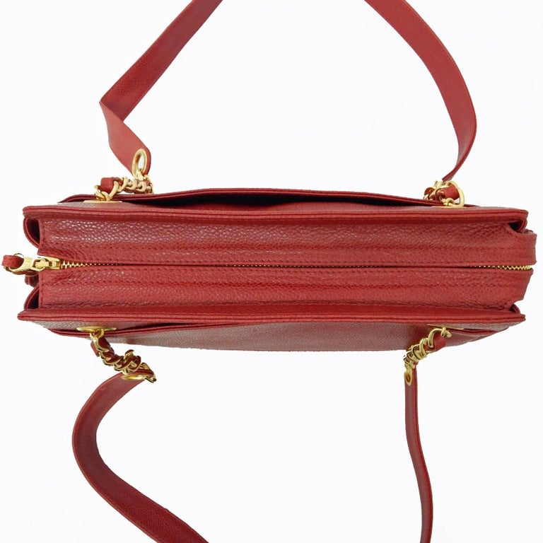 """Chanel Red Caviar Leather """"CC"""" Tote Shoulder Bag For Sale 3"""