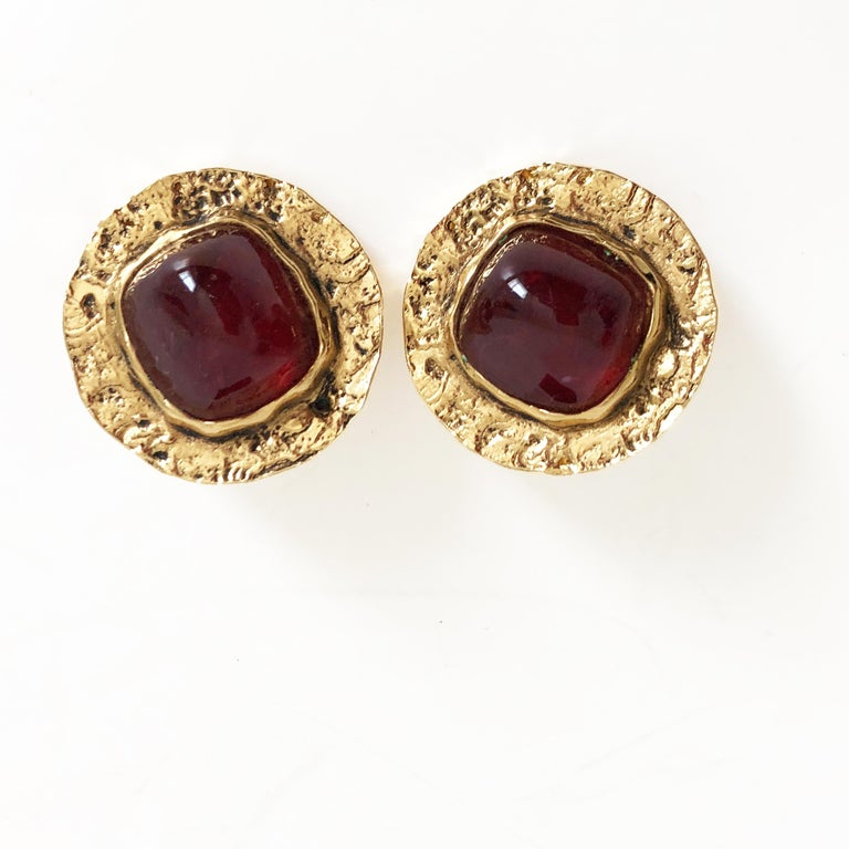 Baroque Chanel Red Glass Earrings with Textured Gold Setting Goossens Vintage 70s  For Sale