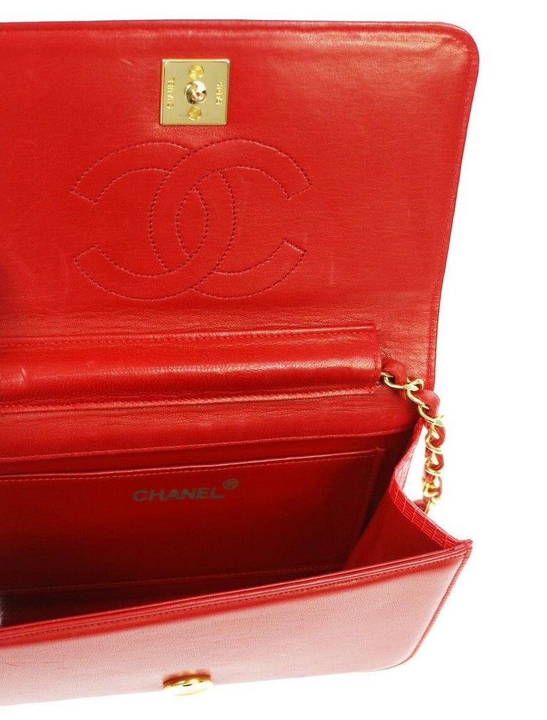 Chanel Red Lizard Exotic Leather Gold Small Shoulder Flap Bag in Box  For Sale 1