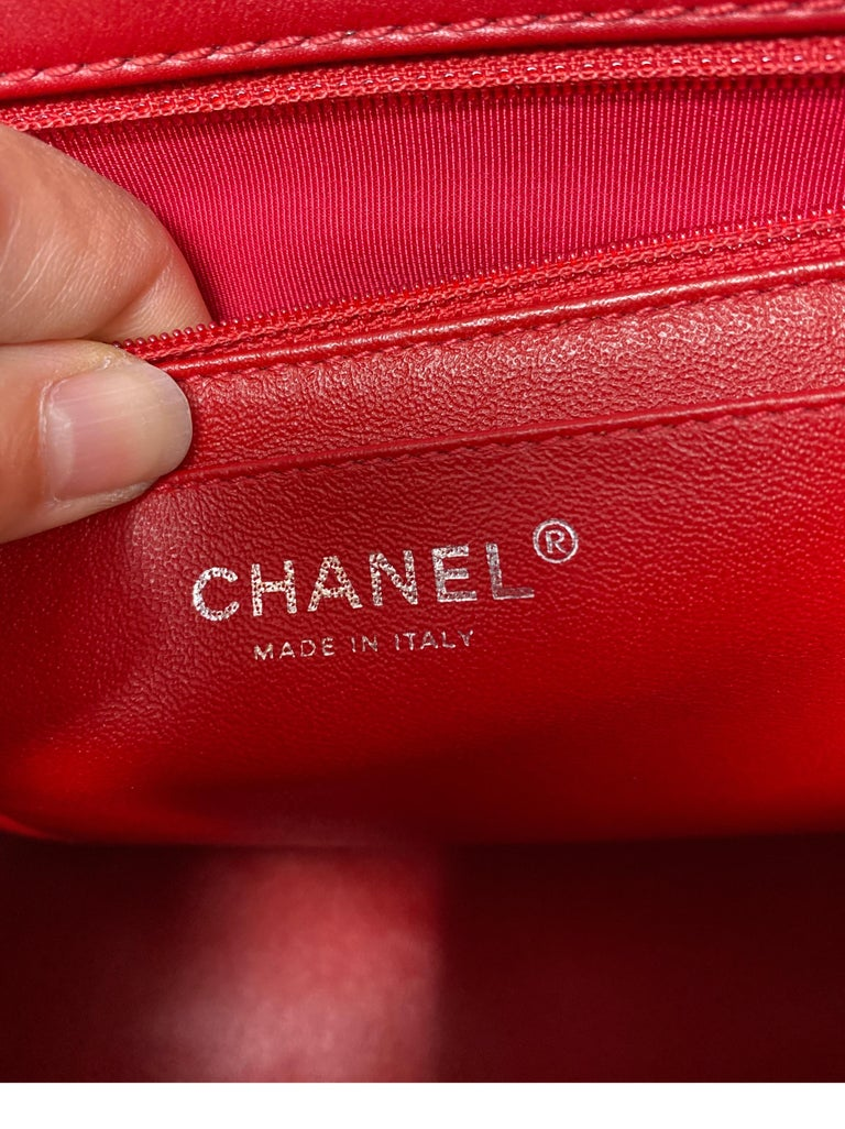 Chanel Red Maxi Chevron Patent Leather Bag For Sale 7