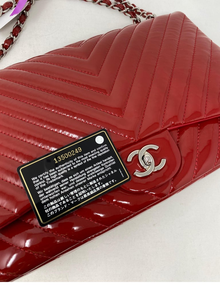 Chanel Red Maxi Chevron Patent Leather Bag For Sale 8
