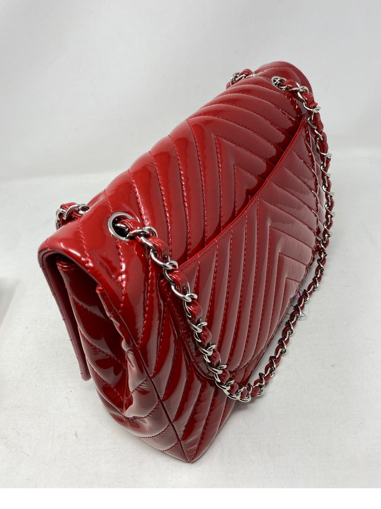 Chanel Red Maxi Chevron Patent Leather Bag For Sale 14