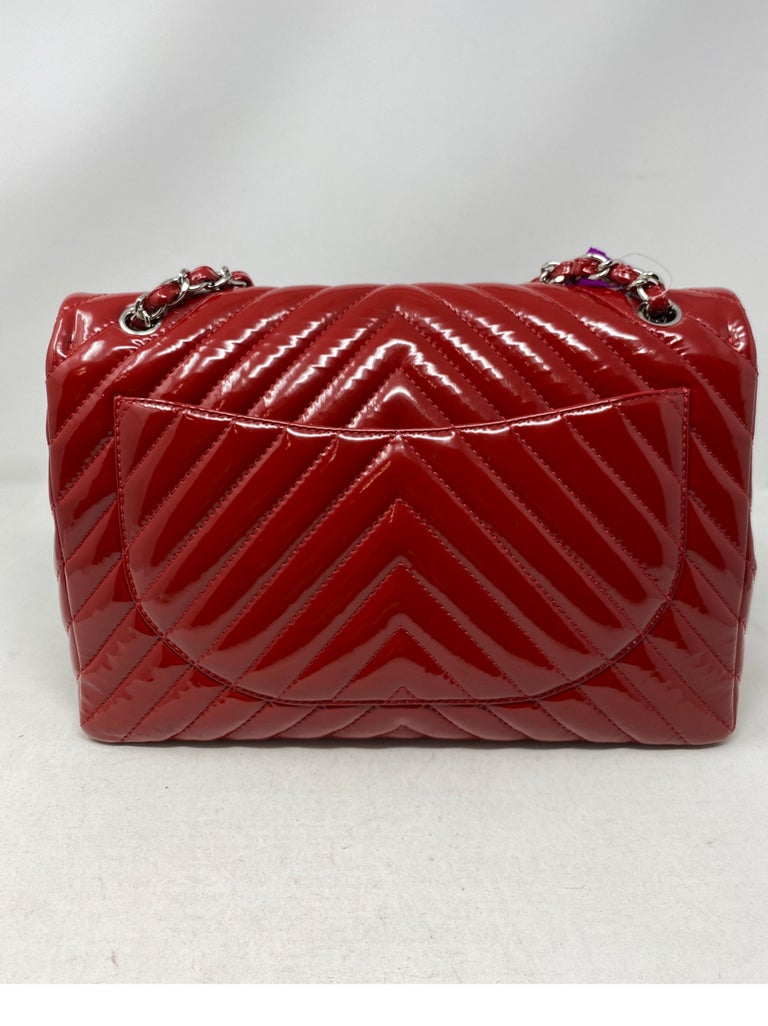 Chanel Red Maxi Chevron Patent Leather Bag For Sale 2