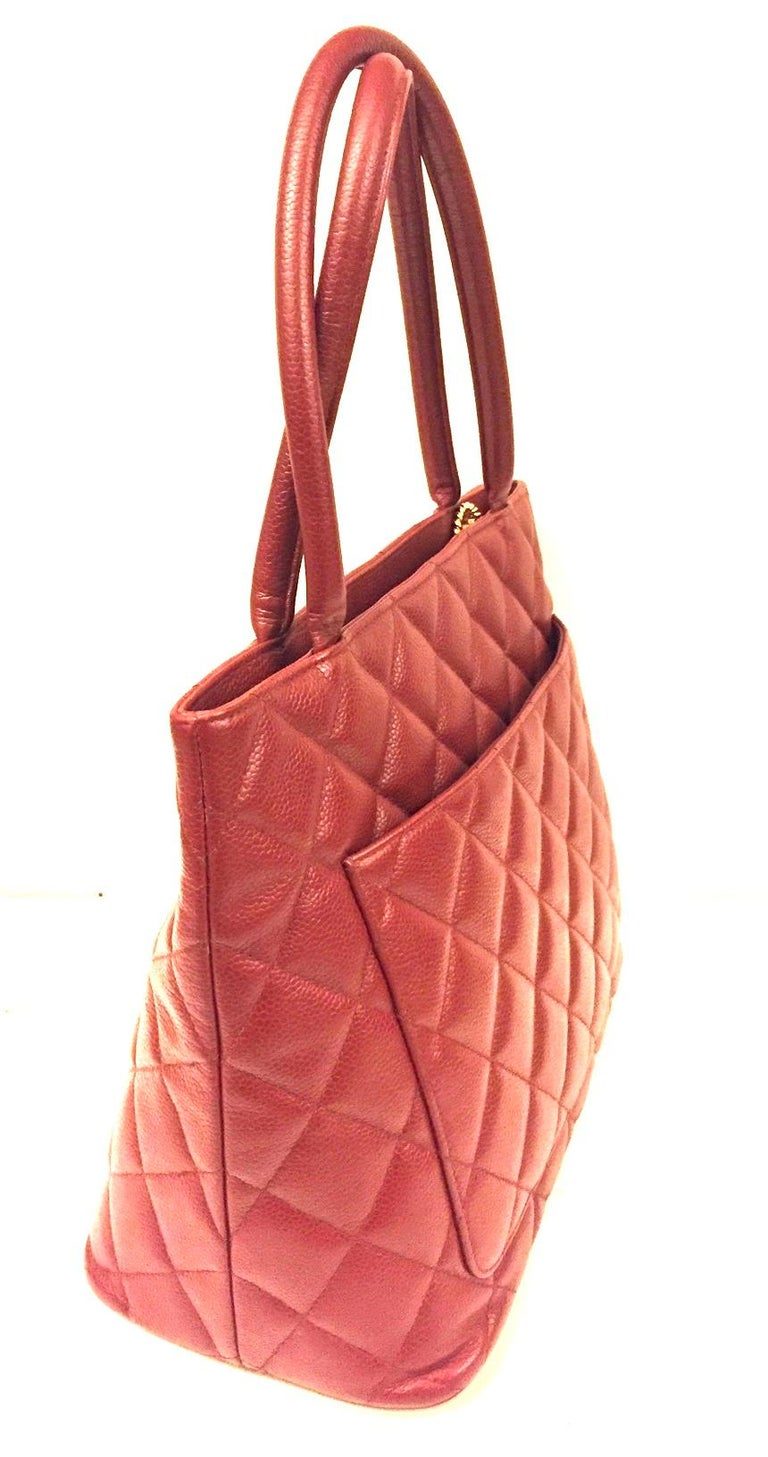 Women's Chanel Red Quilted Caviar Tote Bag