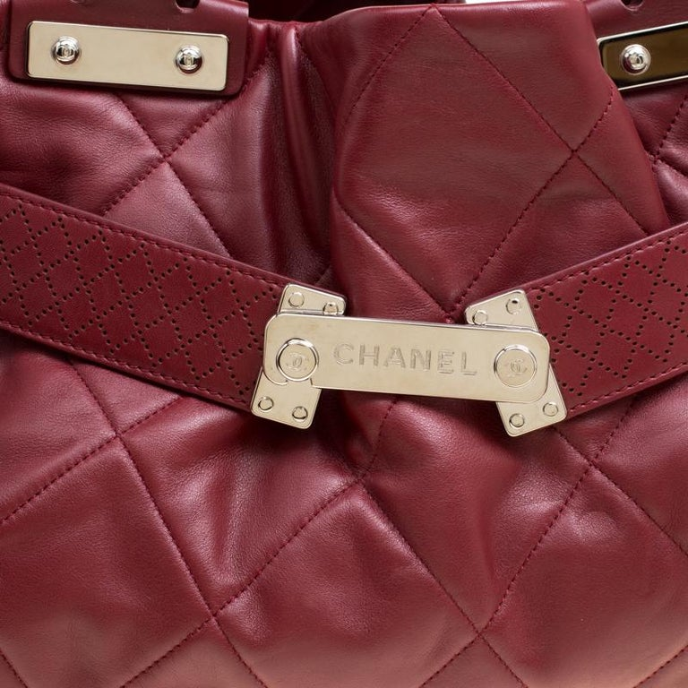 Chanel Red Quilted Leather Tote For Sale 1