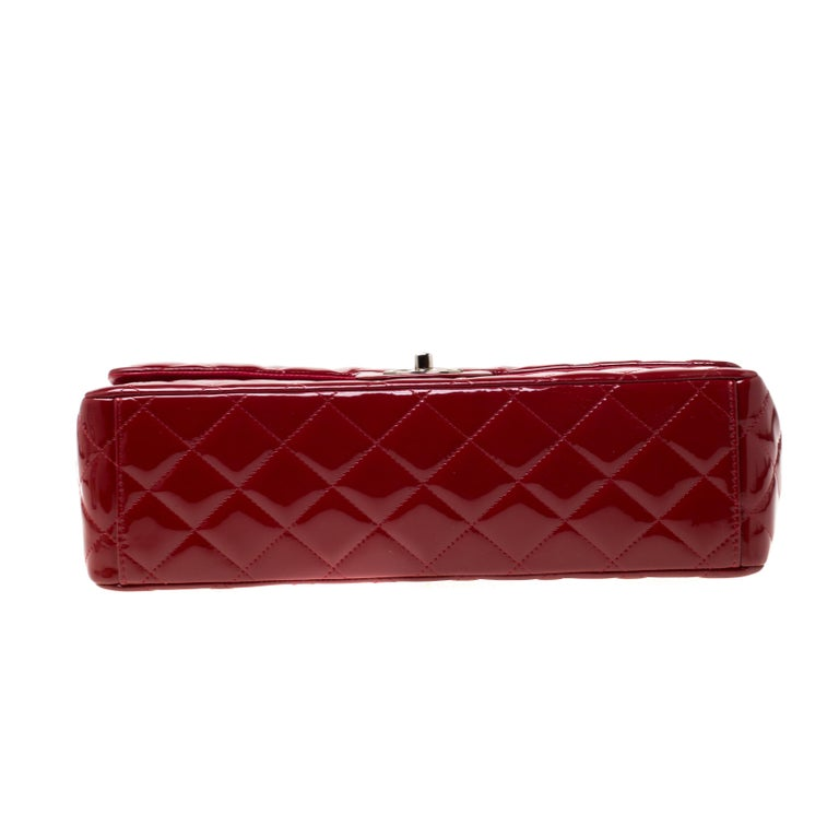 Chanel Red Quilted Patent Leather Maxi Classic Double Flap Bag For Sale 7