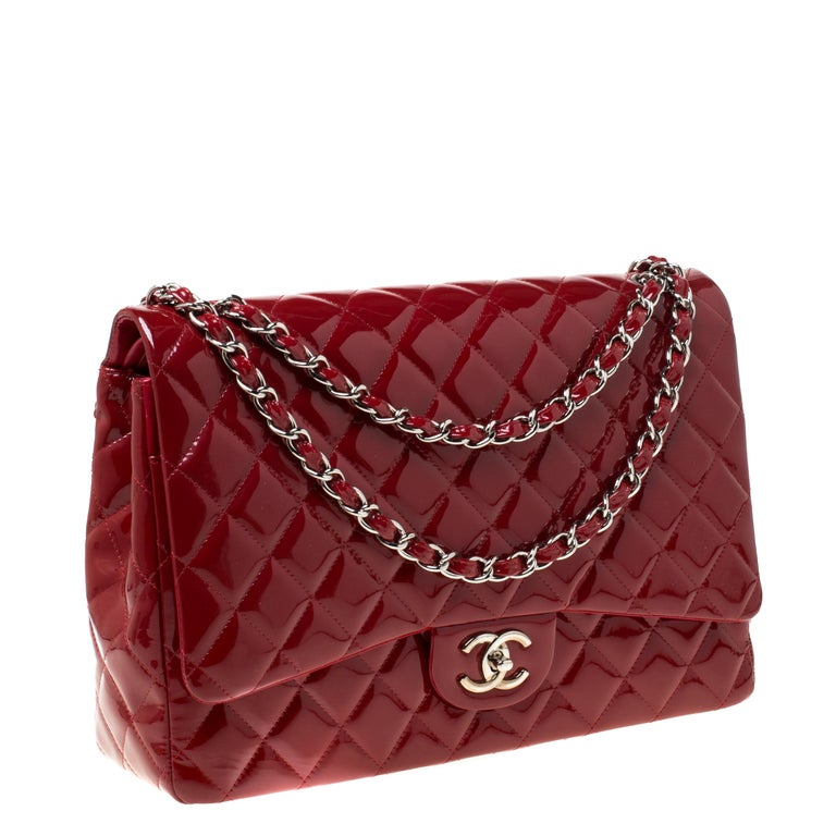 Women's Chanel Red Quilted Patent Leather Maxi Classic Double Flap Bag For Sale
