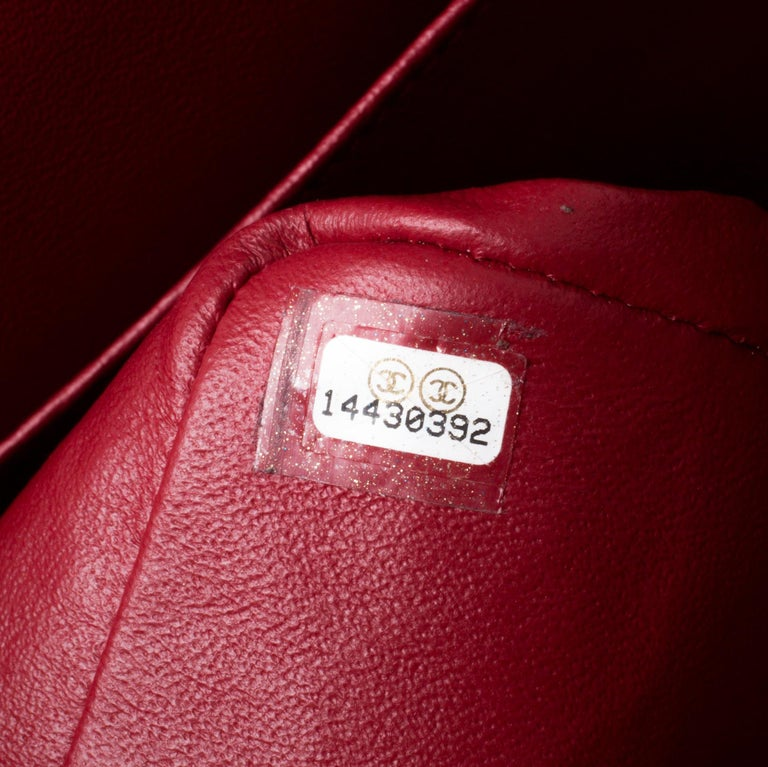 Chanel Red Quilted Patent Leather Maxi Classic Double Flap Bag For Sale 1