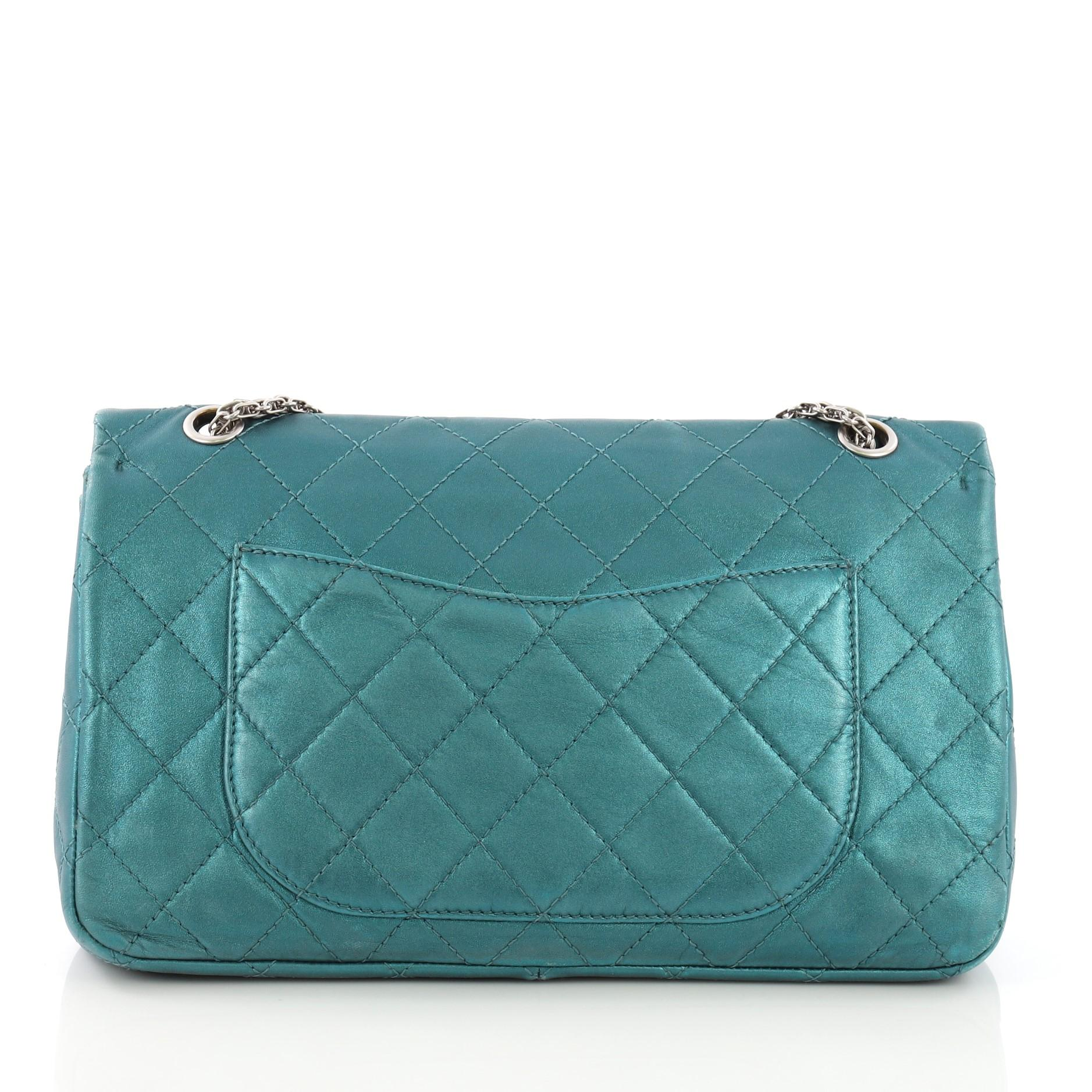 2a24c377b466d6 Chanel Reissue 2.55 Handbag Quilted Metallic Aged Calfskin 227 For Sale at  1stdibs
