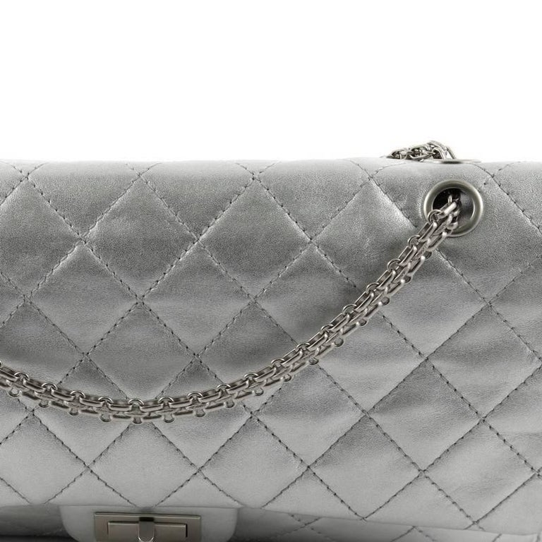 fee73555771c Chanel Reissue 2.55 Handbag Quilted Metallic Calfskin 226 For Sale 2