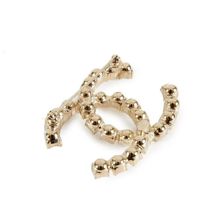 Chanel Rhinestone Double CC Logo Gold Toned Brooch Pin For Sale 2