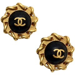 CHANEL Round Black Vintage Leather Clips