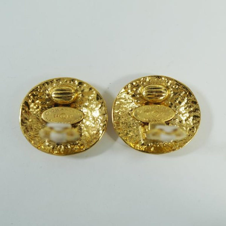 CHANEL round-shaped coco mark GP Womens earrings gold For Sale 1