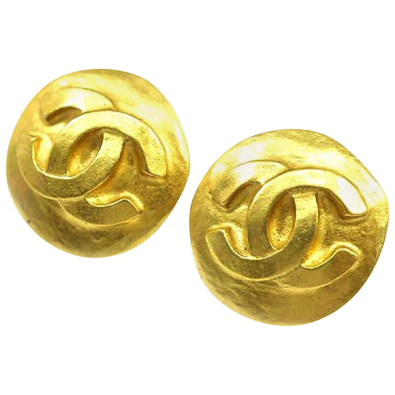 CHANEL round-shaped coco mark GP Womens earrings gold For Sale