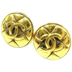 CHANEL round-shaped coco mark GP Womens earrings gold