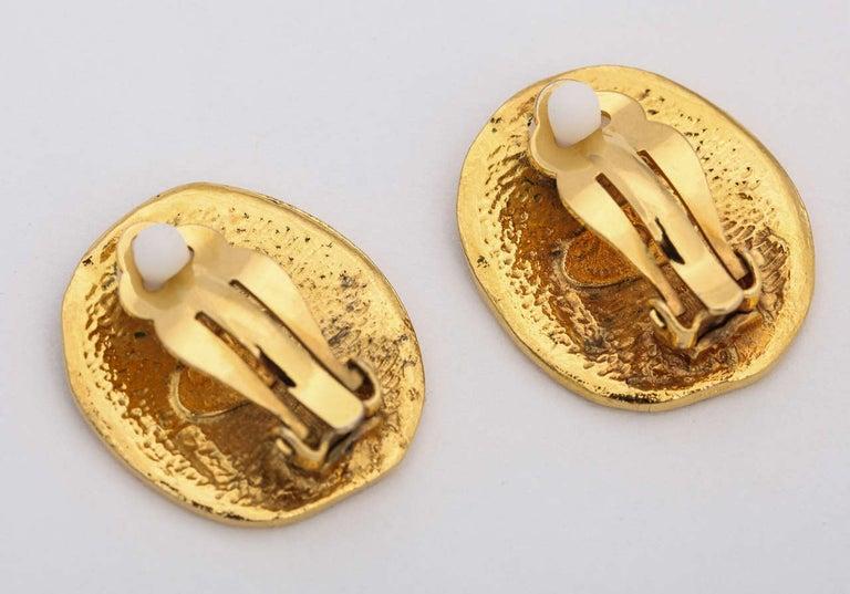 Women's Chanel Rue Cambon Clip-On Earrings For Sale