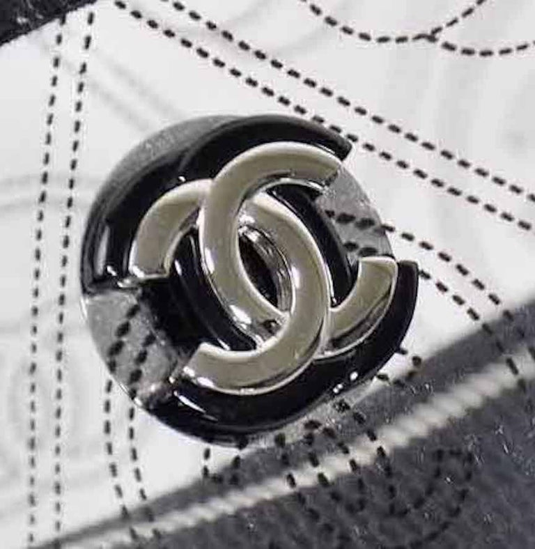 Black Chanel Runway Clear Translucent Silver Evening Chain Carryall Shoulder Bag For Sale