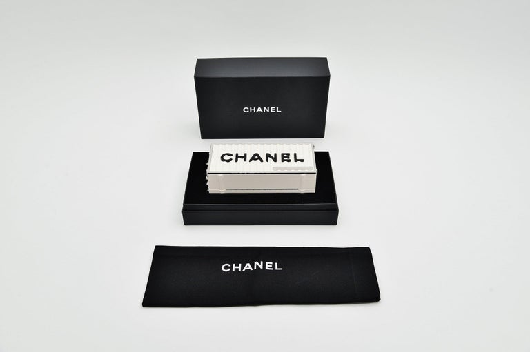 Chanel Runway Container Clutch/ Shoulder Bag Karl Lagerfeld NEW For Sale 6
