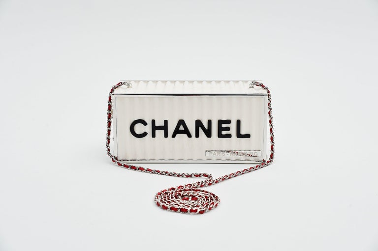 Chanel Runway Container Clutch/ Shoulder Bag Karl Lagerfeld NEW In New Condition For Sale In Roosendaal, NL