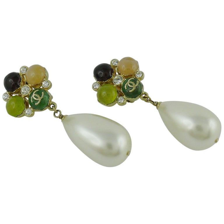 Chanel Runway Large Pearl Drop Dangling Earrings Spring 2008 For Sale