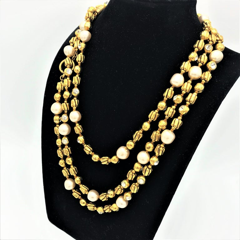 Artist Chanel Sautoir by R. Goossens with pearls, 183 cm lang gold plated, 1970/80s  For Sale