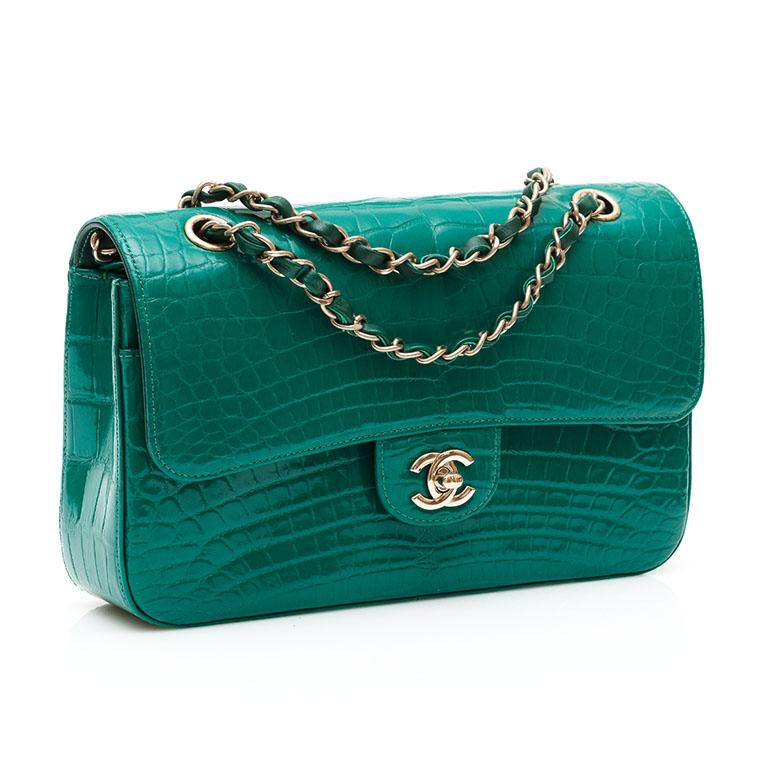 Chanel Shiny Emerald Green Alligator Medium Double Flap Bag In Excellent Condition For Sale In London, GB