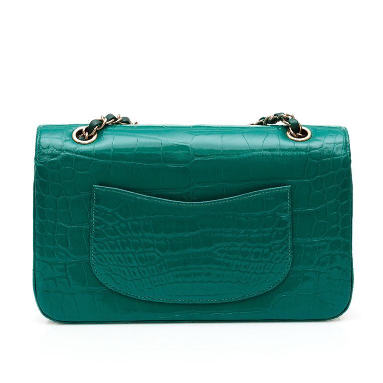Women's Chanel Shiny Emerald Green Alligator Medium Double Flap Bag For Sale