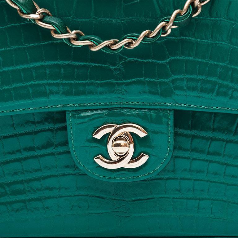 Chanel Shiny Emerald Green Alligator Medium Double Flap Bag For Sale 1