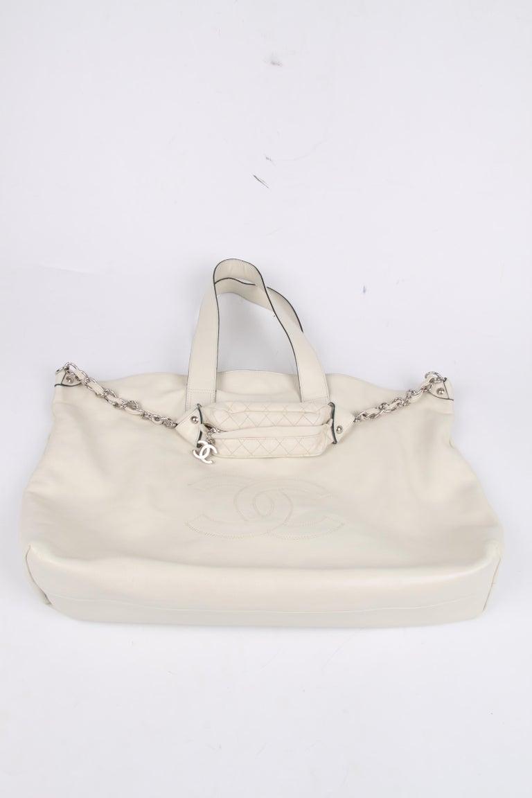 Chanel Shopper Bag - off-white For Sale 1