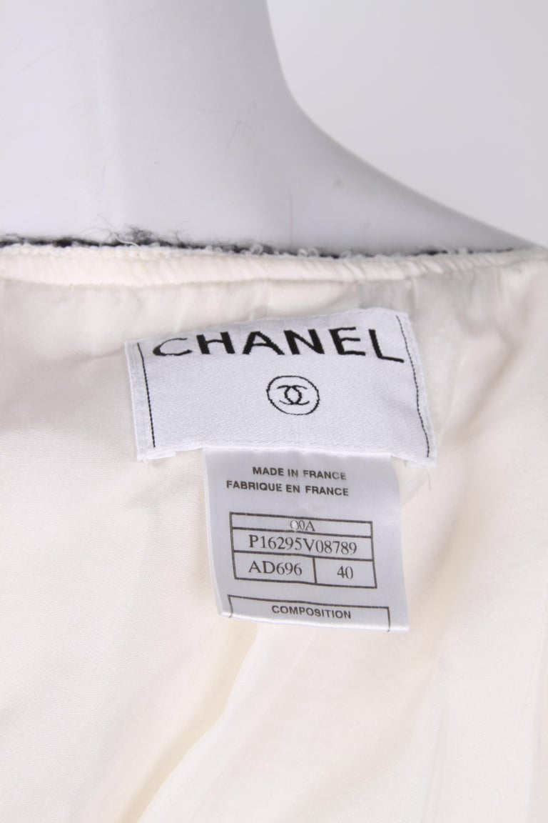 Chanel Signature Bouclé Tweed Black and White Trim Long Coat For Sale 2